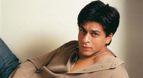 Shah Rukh Khan Gandeng Prianka & Kareena ke Jakarta?
