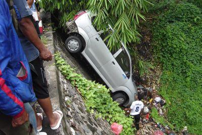 Rem Blong, Mobil Kepala Perhutani Masuk Jurang
