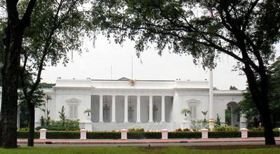 Jelang HUT RI, Istana Mulai Dipercantik