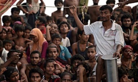 OrangOrang Rohingya Menentang Rencana Relokasi ke Pulau