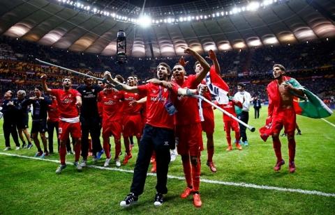 Sevilla Cetak Sejarah di Europa League
