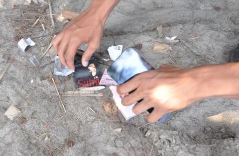Kondom Berserakan di Kawasan Wisata Pantai Pasir Jambak
