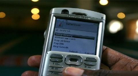 Tawarkan Kredit via Telepon  SMS Bank dan Operator Terancam Sanksi