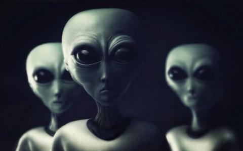 Pemerintah Segera Rilis Bukti Kehadiran Alien di Inggris