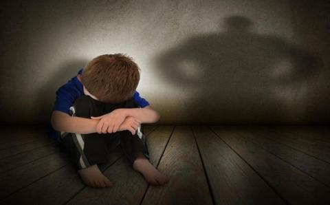 Cara Sharon Didik Anak Dinilai Salah
