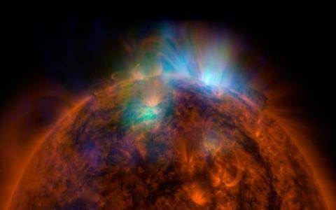 Ini yang Terjadi jika Komet Menabrak Matahari