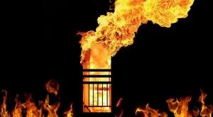 Gudang Karpet di Bekasi Dilalap Api