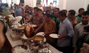 Makan Siang Bareng Jokowi, Sofyan Ngeluh Banyak Pungli