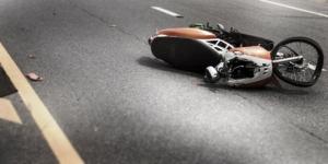Kecelakaan Motor, Korban Masuk Jurang dan Tersangkut Pohon