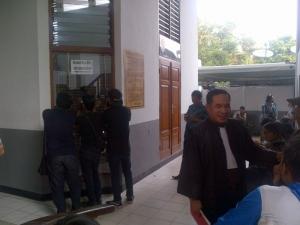 Artis Terlibat Prostitusi, Pengacara RA: Buktikan Dipersidangan!