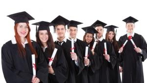 Mau Dikenal Dunia? Daftar Beasiswa!