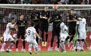 Sepakan Indah Valbuena Bawa Prancis Unggul