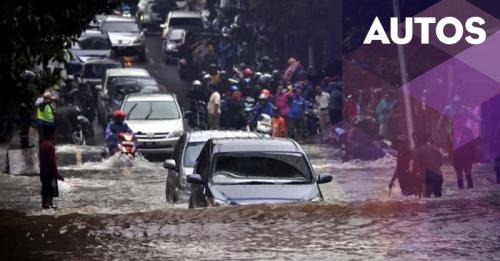 Tiga Kerugian jika Mobil Terendam Banjir