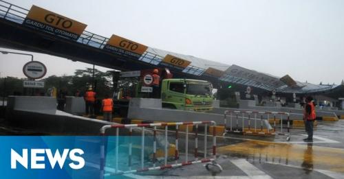 Gardu Tol Cikunir Roboh, Jalur Alternatif Disiapkan