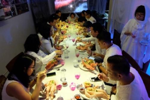 Ngeri, Linimasa Diramaikan dengan #MakanMayit