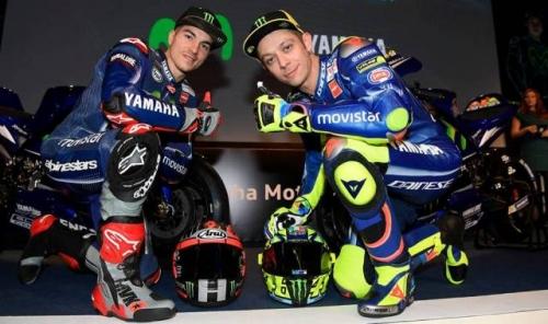 Vinales: Rossi Rebut Juara Dunia MotoGP 2017? Kenapa Tidak!