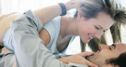 8 Tips Sensual saat Foreplay agar Pria Lebih Bergairah Bercinta