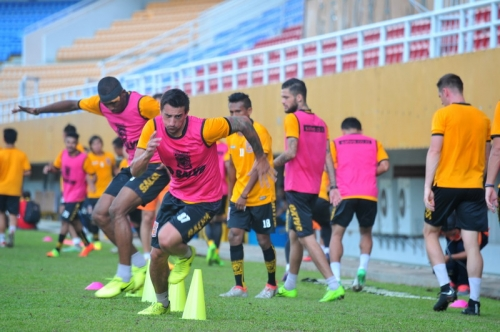 Ini Alasan Bus Borneo FC Datang Terlambat saat Hadapi Sriwijaya FC