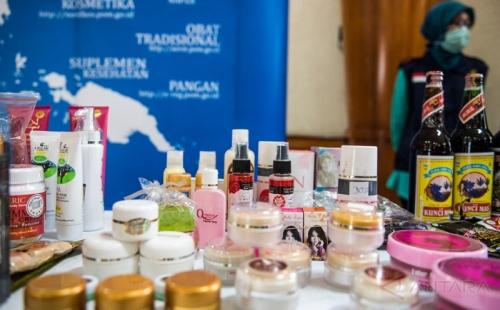BPOM NTT Musnahkan Makanan dan Kosmetik Mengandung Bahan Berbahaya