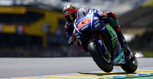 Pecundangi Valentino Rossi Secara Wheel-to-Wheel, Vinales Puas