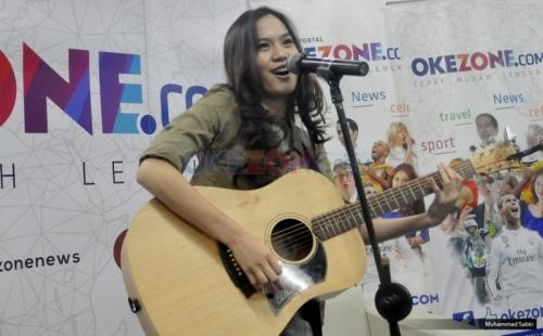 FOTO: Pose Lebaran, Lesung Pipit Sheryl Sheinafia Bikin Gagal Fokus