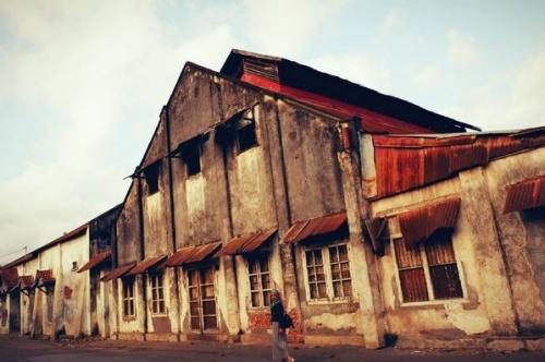 UNCOVER INDONESIA: Napak Tilas Sisa Kehidupan Kota Ampenan di Lombok