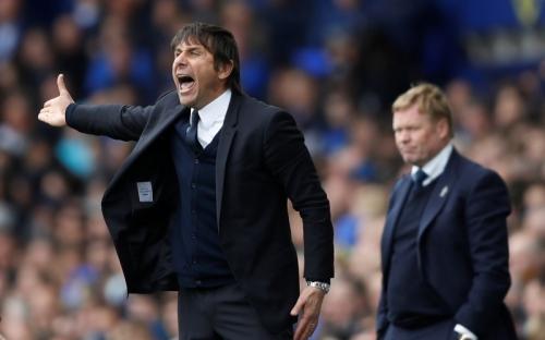 Kekurangan Gelandang, Conte Pastikan Bakayoko Turun Lawan Tottenham