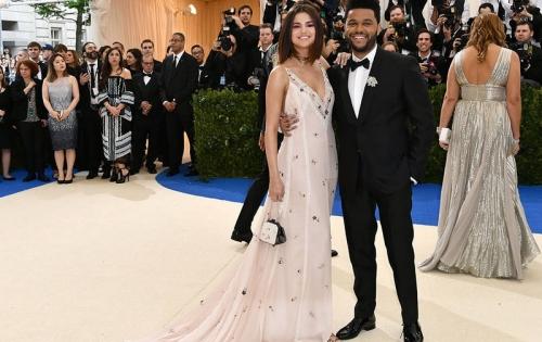 Hubungan Makin Serius, Selena Gomez-The Weeknd Bikin Proyek Musik?