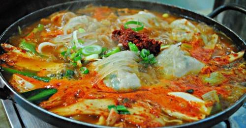 OKEZONE WEEK-END: Pencinta Drama Korea Wajib Jajal Makan di 5 Restoran Korea Halal di Jakarta