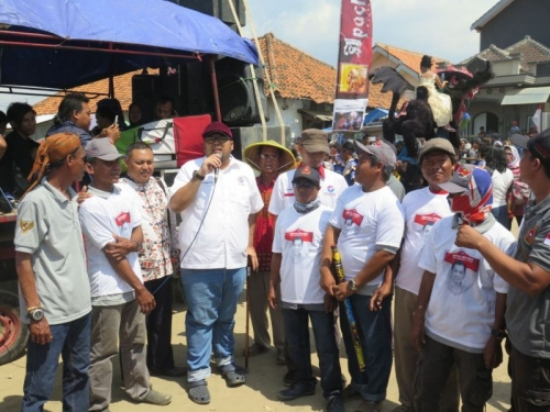 Rayakan Pesta Laut, DPD Perindo Cirebon dan Nelayan Gebang Sambut Antusias dan Sukacita