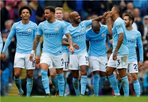 Puncaki Klasemen Sementara, Fans Chelsea Yakin Manchester City Juara Liga Inggris 2017-2018