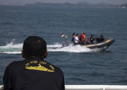 Kejar Kapal Vietnam, AL Filipina Temukan Mayat Dua Nelayan dengan Luka Tembak