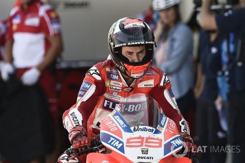 Ingin Persembahkan Kemenangan Pertama bagi Ducati, Lorenzo Tak Terlalu Terobsesi
