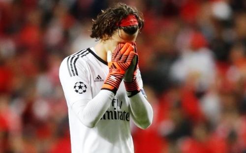Lakukan Blunder di Laga Lawan Man United, Ini Komentar Kiper Benfica