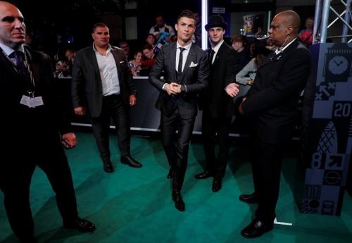 The Best FIFA 2017: Singkirkan Messi dan Neymar, Cristiano Ronaldo Terpilih sebagai Pemain Terbaik Dunia