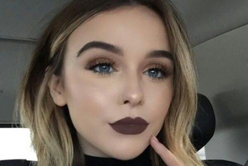 Lipstik Coklat, Fashion Statement Keren Penggeser Lipstik Merah