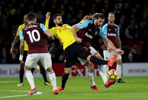 Babak Pertama Usai, Watford Sementara Unggul 1-0 atas West Ham