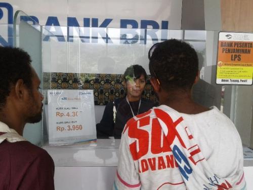 Marak Uang Ilegal, Money Changer di Pos Lintas Batas Negara Skouw Sepi Tukarkan Rupiah