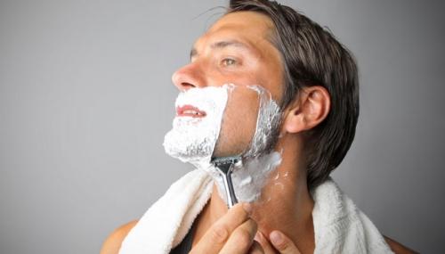 7 Trik Cukur Janggut untuk Pria dengan Kulit Sensitif agar Tidak Iritasi