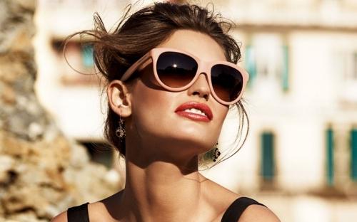 Hasil Penelitian, Jarang Ganti Kacamata Hitam Ternyata Bisa Merusak Mata