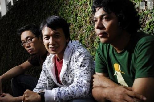 Tiga Tahun Berlalu, Efek Rumah Kaca Siapkan Album