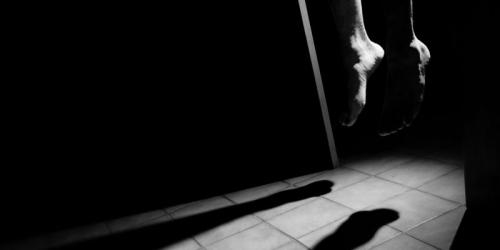 Pulang dari Menginap di Rumah Pacar, Mahasiswi di Pontianak Gantung Diri