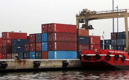 Permen Jahe ke Amerika, Kerjasama dengan Industri Berorientasi Ekspor