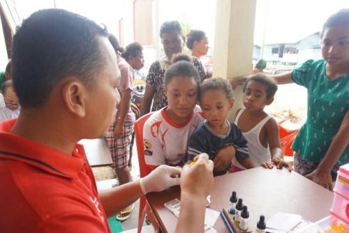 Kartini Perindo Papua Gelar Bakti Sosial Bersama PMI, Warga Antusias Berpartisipasi