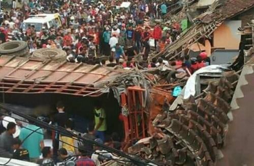 Kecelakaan Maut di Bumiayu yang Tewaskan 11 Orang Akibat Rem Truk Blong