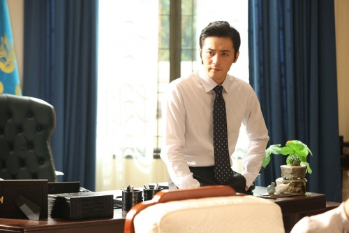 Jang Dong Gun, Song Joong Ki, dan Kim Ji Won Pertimbangkan Bintangi Asdal Chronicle