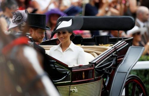 Perdana Hadiri Royal Ascot, Meghan Markle Pilih Gaun Rancangan Givenchy