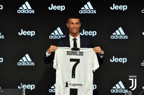 Cristiano Ronaldo: Saya Berbeda dengan Pemain Lain!