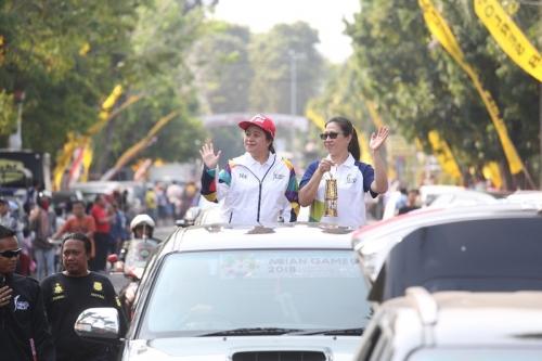 Sambut Kirab Obor Asian Games 2018 di Blitar, Menko PMK : Maknai Sejarah Bangsa dan Semangatnya
