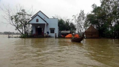 Badai Tropis Son Tinh Tewaskan Sedikitnya 20 Orang di Vietnam, 16 Masih Hilang